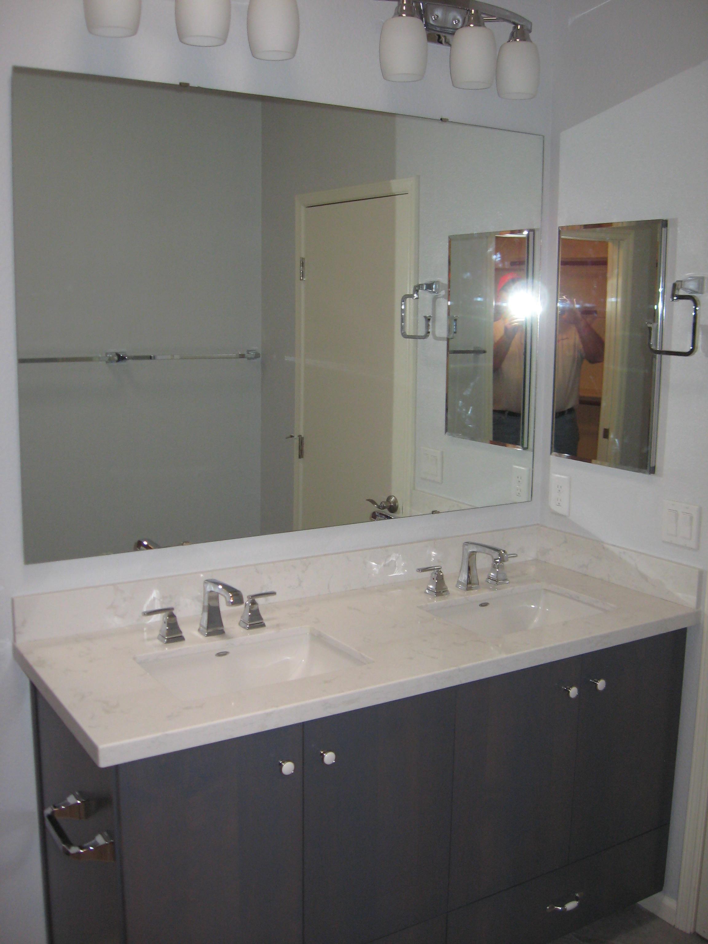 dual sink image