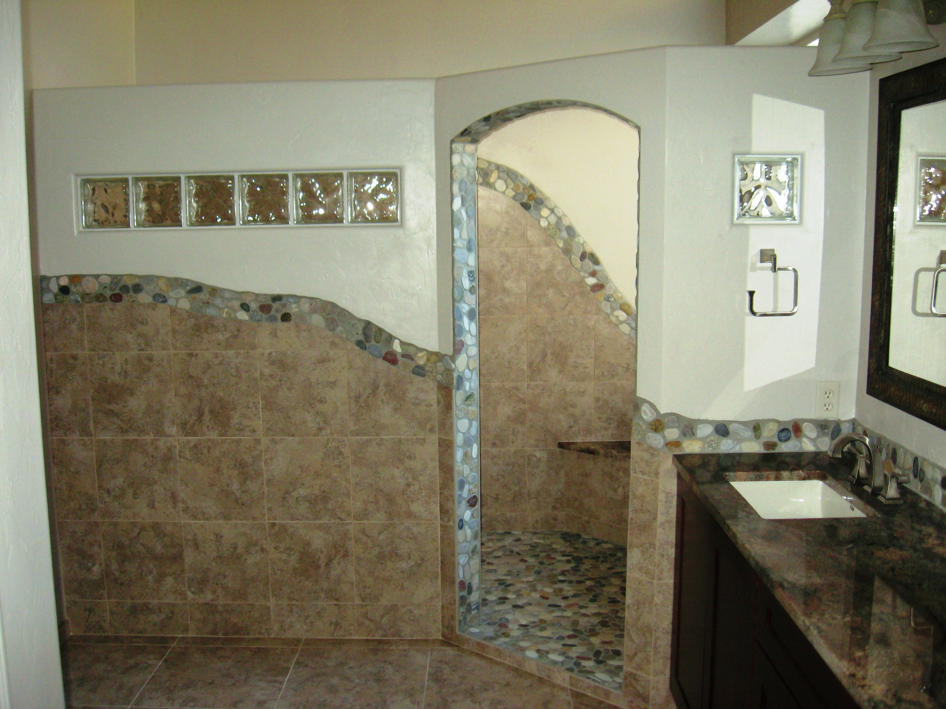 tile bathroom image